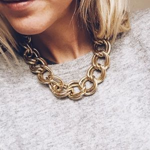 Stylish Gold Chain Statement Necklace
